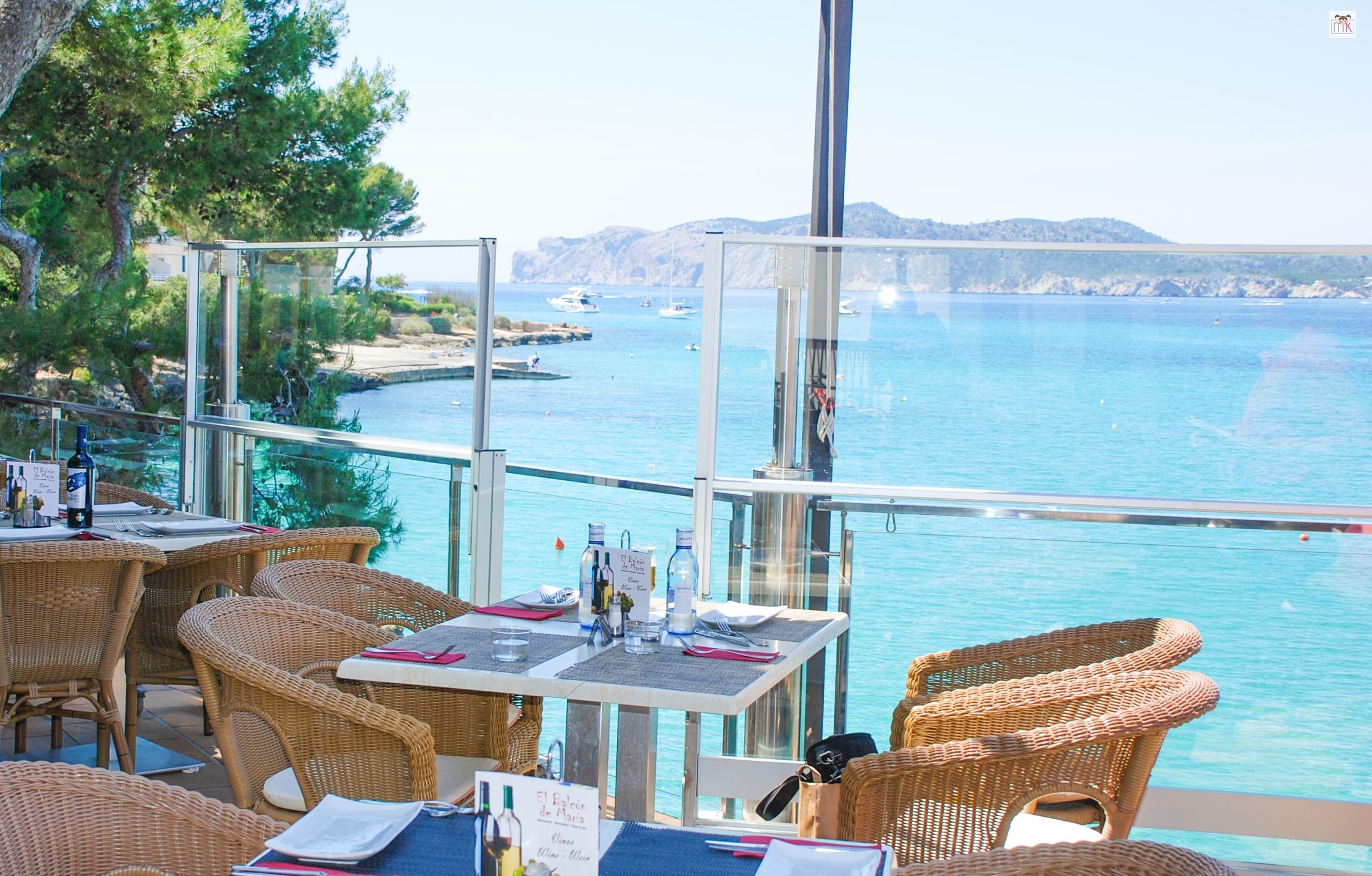 El balc n de mar a un restaurante con aires de verano for What is balcon